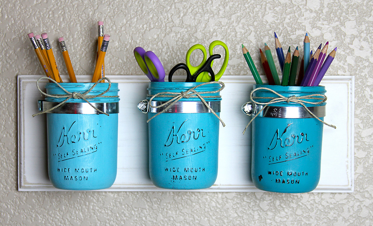 14 clever things to do with mason jars wordless wednesday for Mason jar craft storage