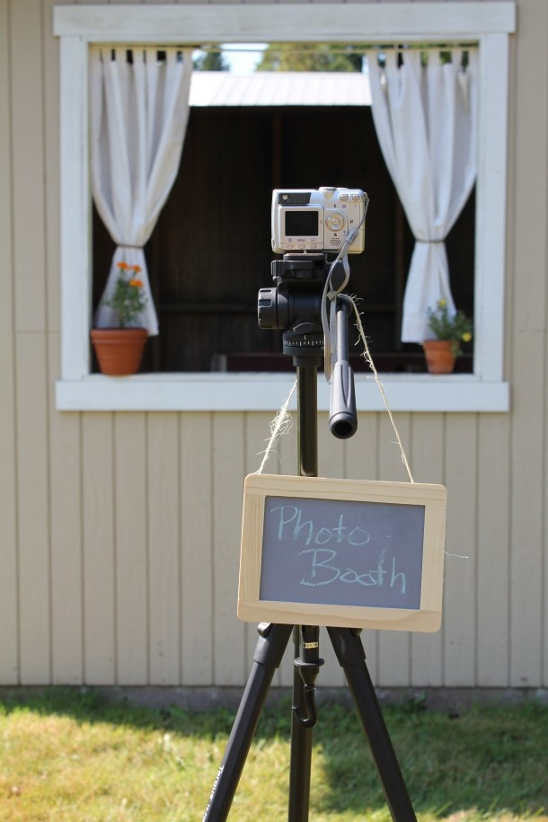 Photobooth Camera and Tripod Setup